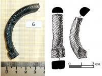 Фрагмент древнерусского стеклянного браслета